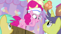 """Pinkie Pie urging the audience """"go on"""" MLPS5"""