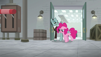 Pinkie and Sans leaving research lab S9E14