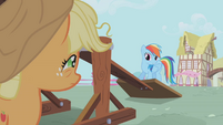 Rainbow Dash -what the hay is goin' on-- S01E04