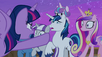 Twilight Sparkle gets angry at her family S7E22