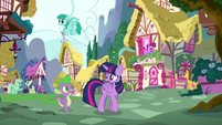 Twilight and Spike walking around town S5E22