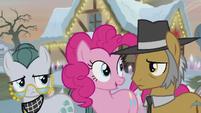 Pinkie Pie stands between her parents S5E20
