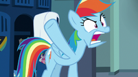 "Rainbow Dash ""hanging up a towel?!"" S7E7"