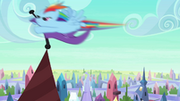 Rainbow Dash taking flag S3E1
