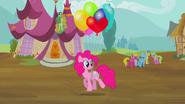 S02E20 Pinkie z balonikami