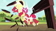 S05E17 Orchard Blossom niszczy przeszkody