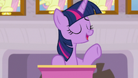 """Twilight """"been looking into a new activity"""" S8E9"""