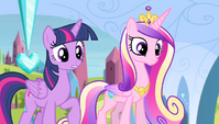 """Twilight and Cadance """"are you all right?"""" S4E24"""