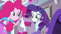 Pinkie Pie offering Rarity a tissue EGS1