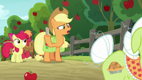 """Applejack """"don't have time to work"""" S9E10"""