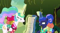 Celestia and Luna fight over the list S9E13