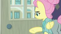 Fluttershy slams the door on her friends S8E4