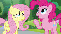 """Pinkie """"Mane and Tail Styling College"""" S9E15"""