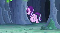 Starlight Changeling runs around the corner S7E1