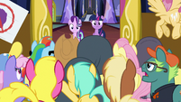 Twilight and Starlight confronted by arguing ponies S7E14