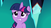 Twilight hearing spike outside the trap S3E2