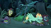Zephyr Breeze tossing his campfire setting S6E11