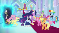 Older Fluttershy arrives from Discord's realm S9E26