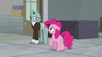 "Pinkie ""back to the drawing board"" S9E14"