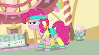 Pinkie Pie Getting Ready S02E18