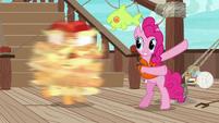 Pinkie Pie spins Applejack around S6E22