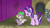 Spike and Starlight look at the script S8E7