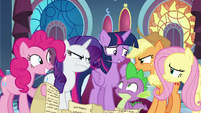 Twilight's friends get upset with her S9E13