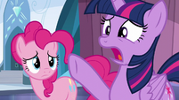 """Twilight """"the entire city's about to become a winter wasteland!"""" S6E2"""