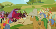 180px-Apple family surrounds the barn S3E8.png