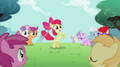 201px-Apple Bloom has the hoop in her tail S2E06