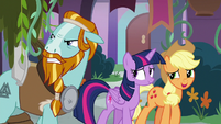 Applejack -you're a smash with the class- S8E21