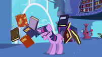 Frustrated Twilight can't find book S1E01