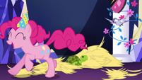 Pinkie Pie enjoying the mayhem S5E3