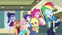 Rainbow Dash hanging her head in defeat EGDS5