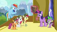 S06E15 Twilight i Spike kupują sześć pudełek