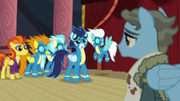 "Soarin ""Wonderbolts look out for each other!"" S5E15"