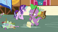 Spike sweeping up the party mess S7E15