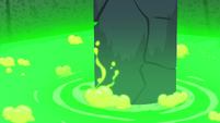 Stone pillar starts sinking into the slime S7E18
