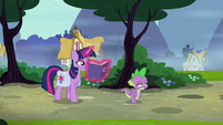Twilight and Spike walk down the road S9E16