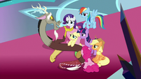 """Discord """"you're here together"""" S9E2"""