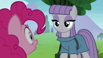 Maud Pie looking down at Pinkie Pie S8E3
