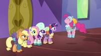 """Pinkie Pie """"super duper fun!"""" S6E17"""