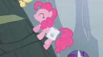 Pinkie Pie climbing the mountain S1E07