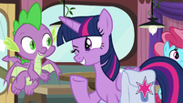 Twilight Sparkle winking at Spike S9E16