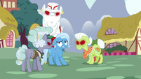 Anger-infected ponies surround Trixie again S7E2