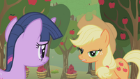 """Applejack """"just here for the Apple family reunion"""" S1E04"""