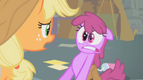 Berryshine is freaked out S1E12
