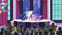 "Delegate 1 ""we love you, Princess Twilight!"" S5E10"