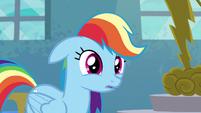 Rainbow notices the room is empty S6E7