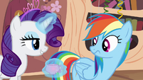 Rarity -the punch is quite tasty- S4E04